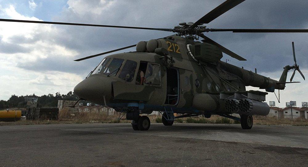 Un hélicoptère russe pris pour cible en Syrie