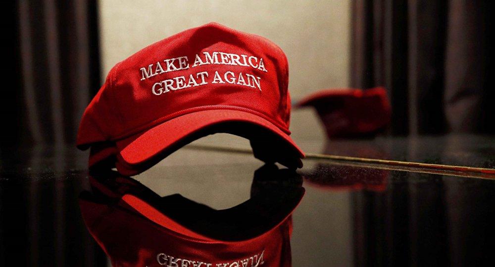 Chapeau Donald Trump