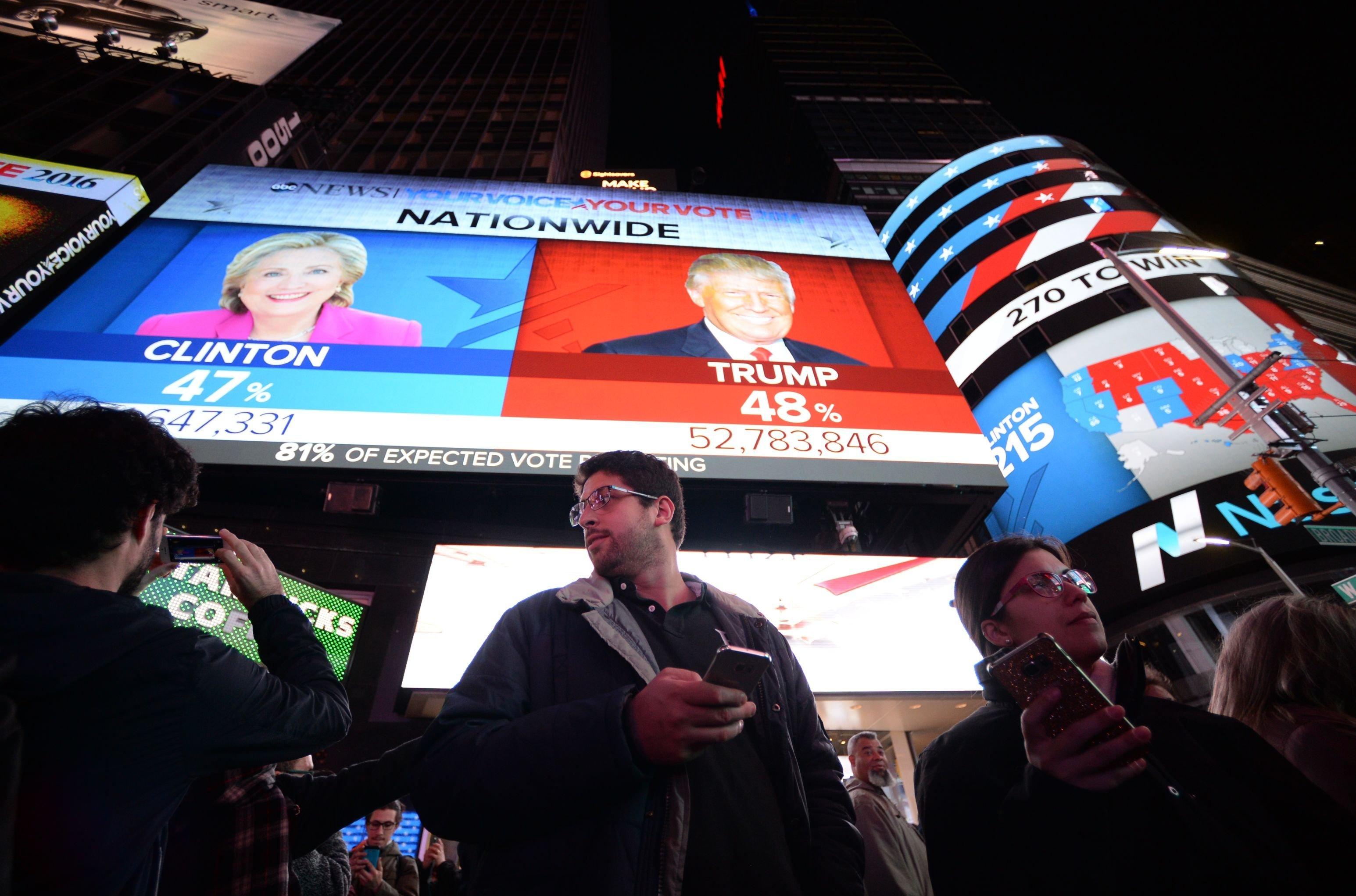 Les citoyens sur Times Square à New York