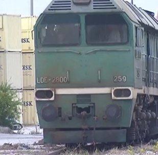 Le premier train chargé de fret humanitaire quitte Tartous