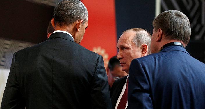 Entretien Poutine-Obama au sommet de l'APEC à Lima