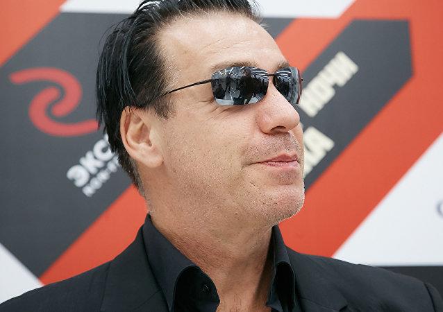 L'âme russe résonne dans les poèmes du chanteur de Rammstein