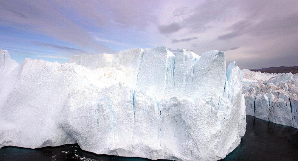 Les glaciers fondent au Groenland à cause de mystérieux microorganismes