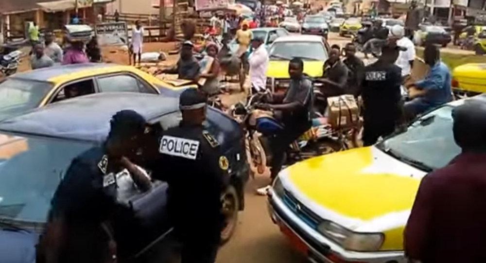 Des affrontements entre la police et des manifestants anglophones au Cameroun