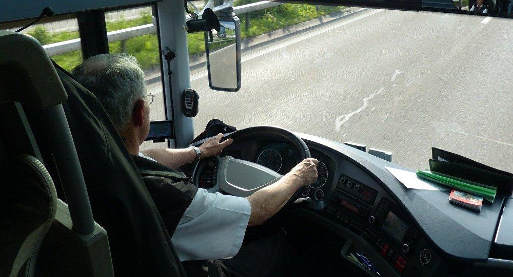 En Estonie, une passagère d'un autobus remplace un conducteur ivre