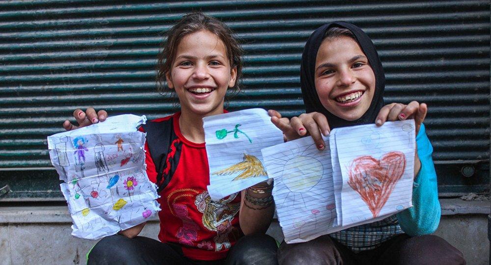 Des filles à Alep
