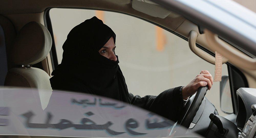 Le prince saoudien veut autoriser les femmes à conduire