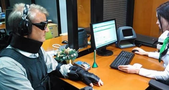 Guerman Gref dans un costume d'un handicapé