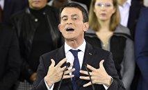 Manuel Valls annonce sa candidature à la présidentielle 2017