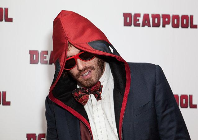 Passion pour Trump: Weasel de Deadpool arrêté pour avoir attaqué un chauffeur de taxi