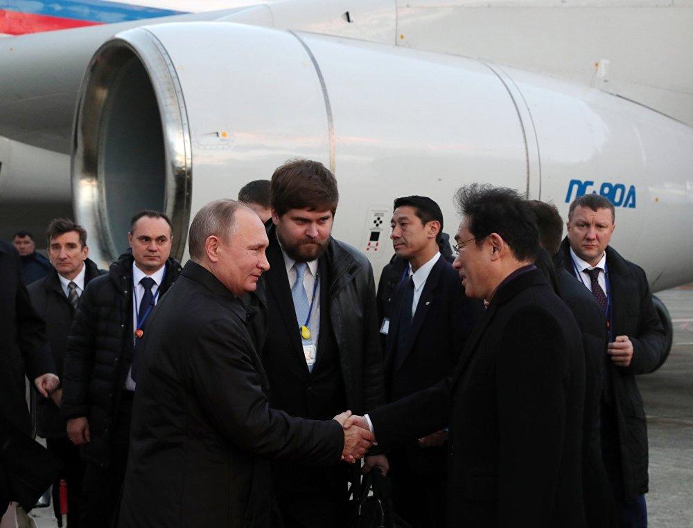 Владимир Владимирович Путин — биография