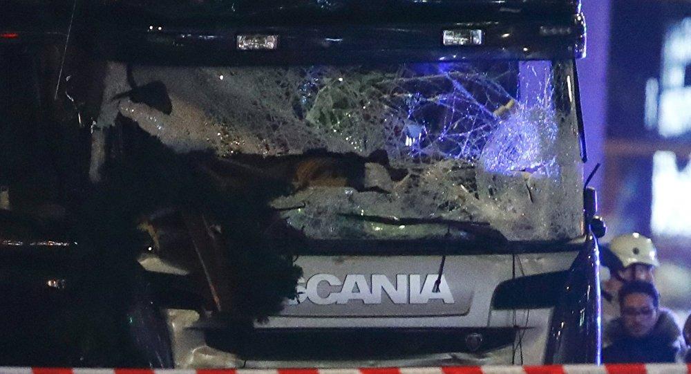 Attaque au camion à Berlin: le profil du suspect se précise