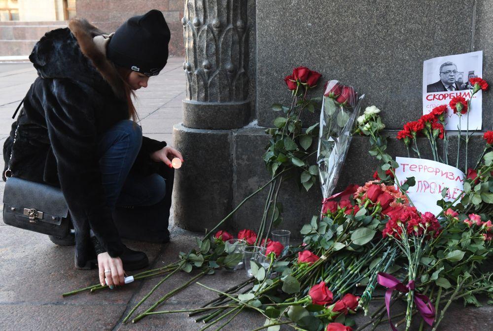 Moscou en deuil après l'assassinat du diplomate russe à Ankara