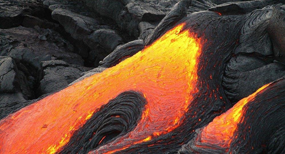 L'éruption du volcan Agung s'intensifie à Bali