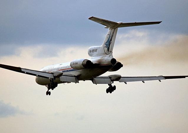 Un Tu-154