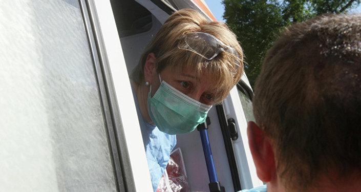 L'aide humanitaire de Docteur Liza est arrivée sur la base de Hmeimim