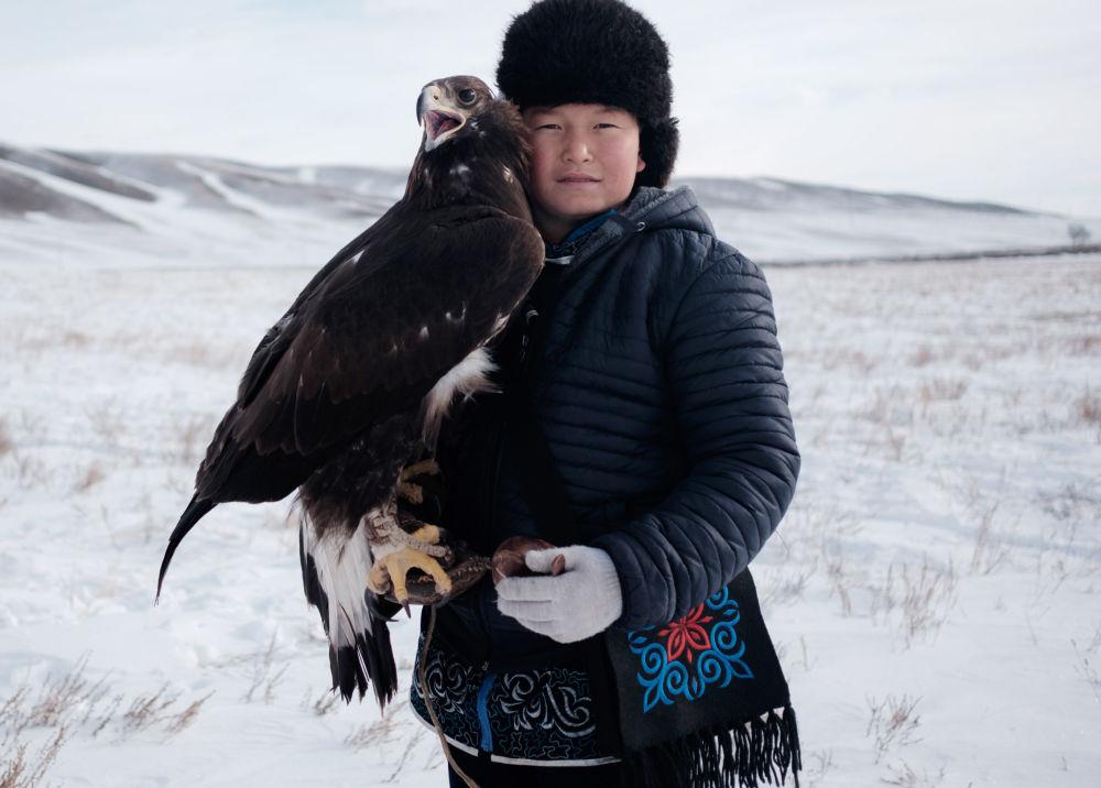 Festival de chasse à l'aide d'un aigle royal au Kazakhstan