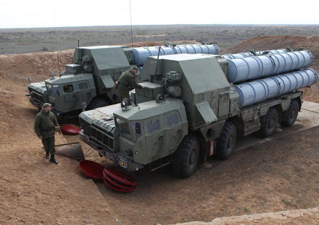 Des systèmes de missiles S-300