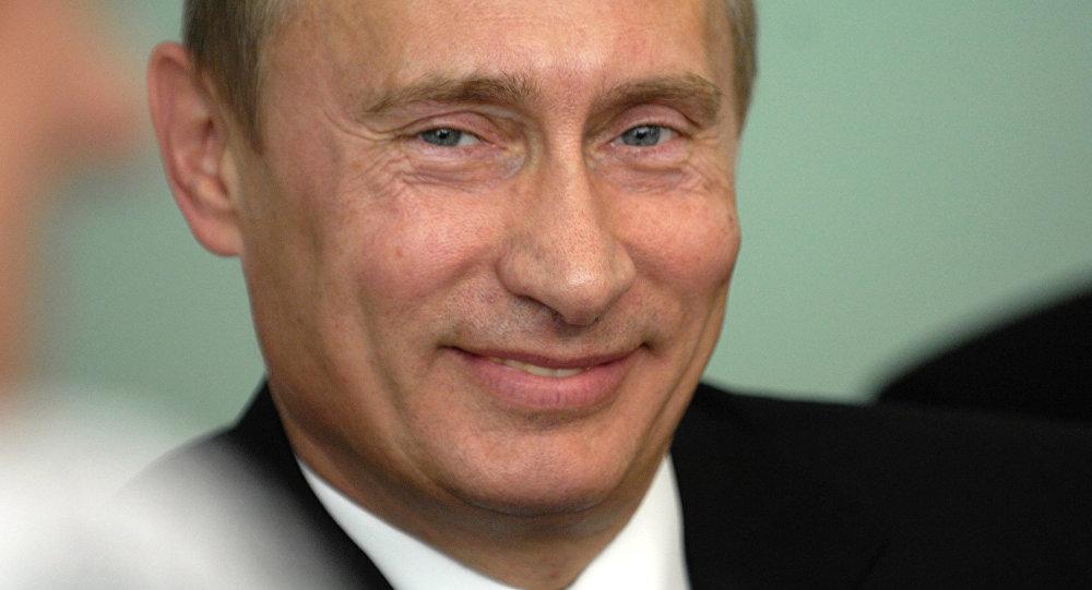Poutine hilare quand son ministre de l'Agriculture lui explique que l'Allemagne exporte du porc en Indonésie