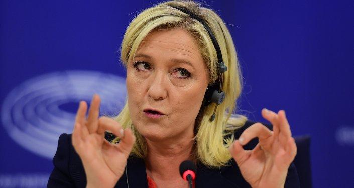 Marine Le Pen cherche des alliés sur la question du démantèlement de l'UE