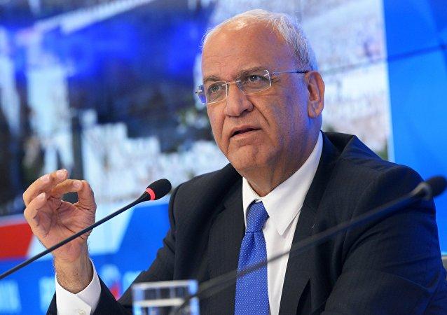 Saeb Erekat, secrétaire général du comité exécutif de l'Organisation de libération de la Palestine, lors d'une conférence de presse au siège de l'agence Rossiya Segodnya