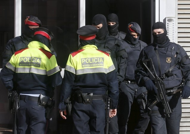 Un stock d'armes pour les terroristes découvert en Espagne