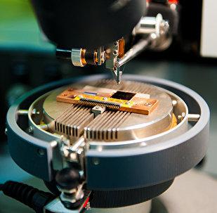 L'équipement du laboratoire Métamatériaux supraconducteurs de l'Université nationale des sciences et technologies MISiS