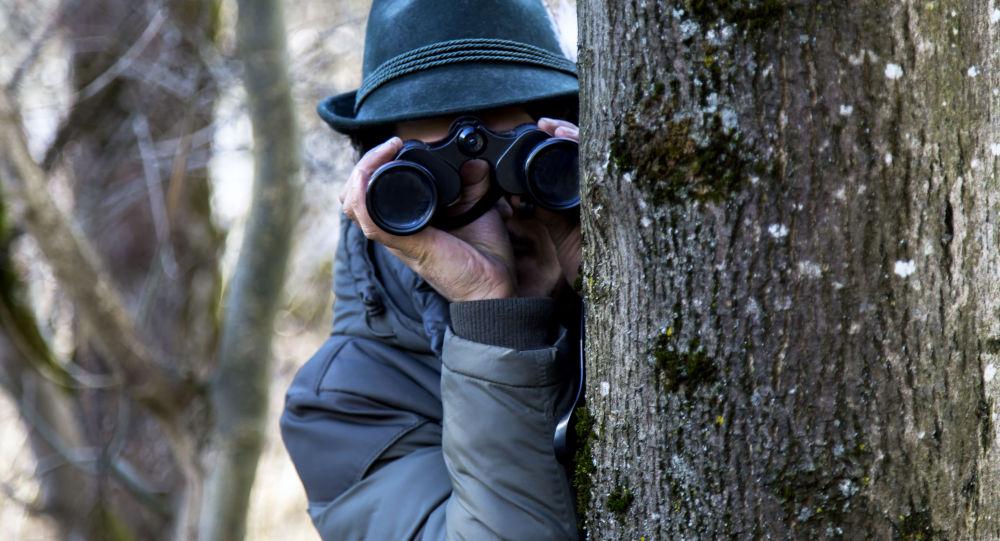 Affaire d'espionnage: prudence suisse contre fougue anglaise...