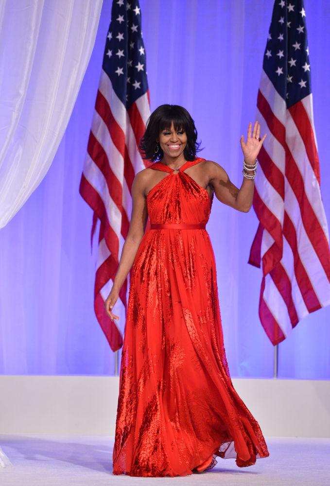 La première dame des États-Unis Michelle Obama au bal en l'honneur de l'investiture de son mari, en 2013