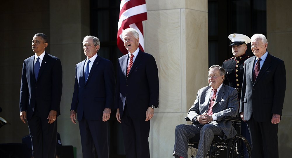 Barack Obama, George W. Bush, Bill Clinton, George H.W. Bush, et Jimmy Carter