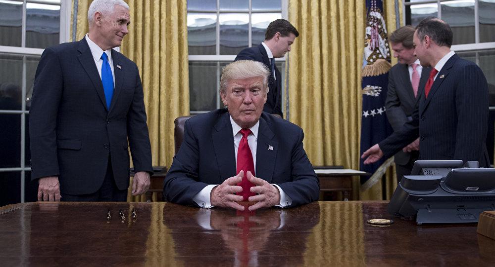 Donald trump redécore le bureau ovale à son goût sputnik france