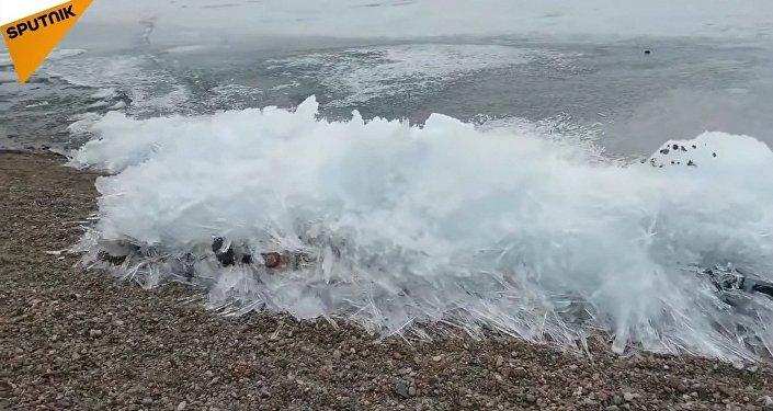 Le lac Baikal qui bouge !