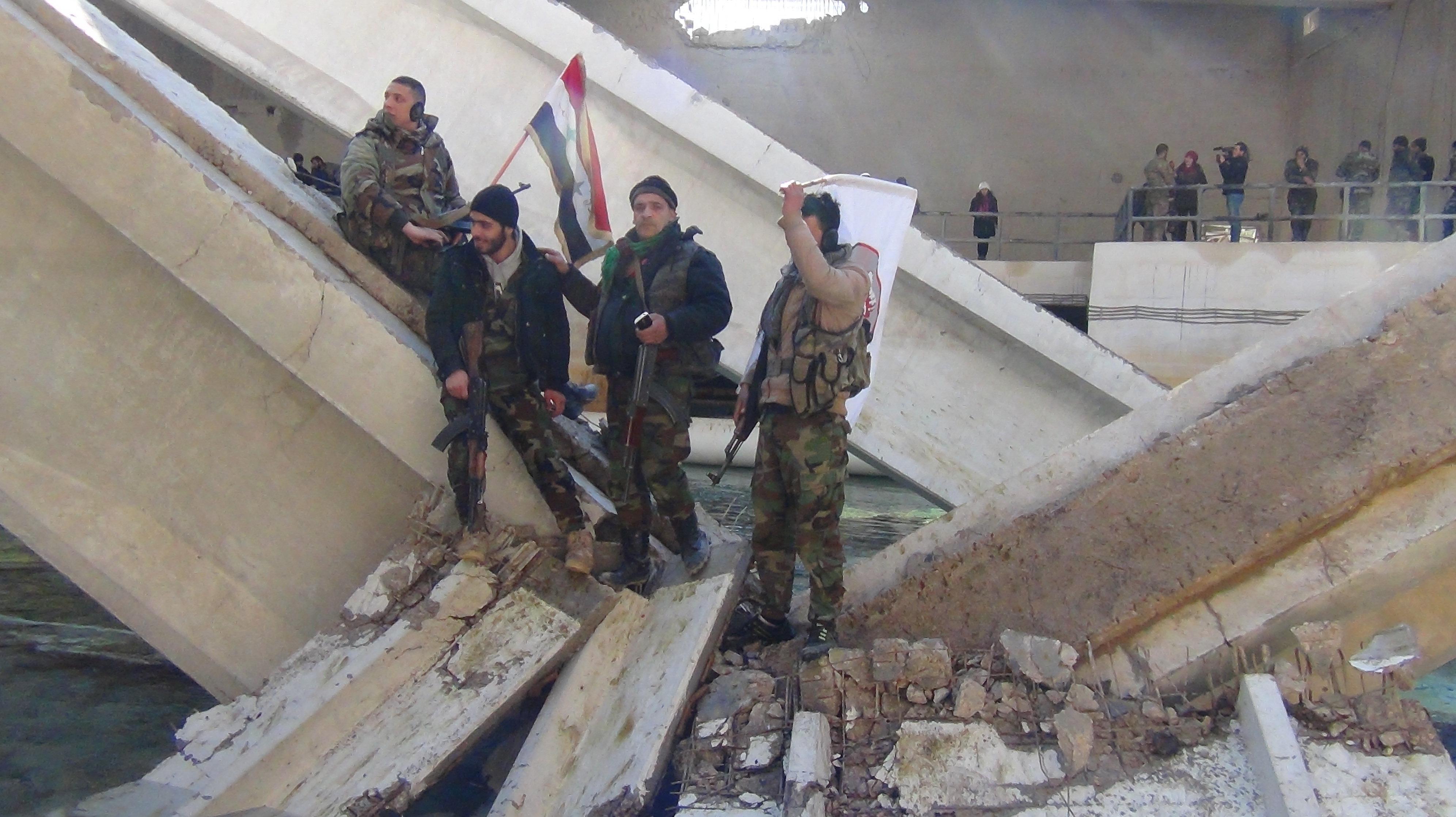 Soldats syriens à Ain al-Fijah après sa libération