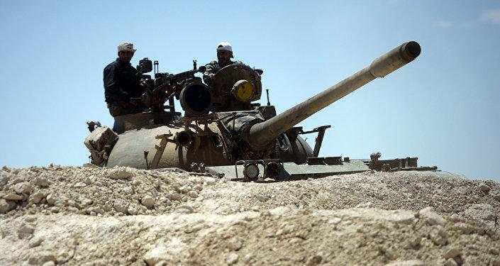 L'armée syrienne renforce ses positions à Hama