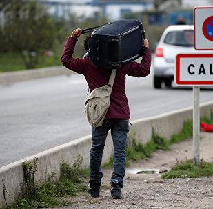 La mairie de Calais veut-elle empêcher les migrants de se laver?