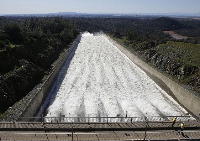 États-Unis: une nouvelle tempête menace le barrage d'Oroville