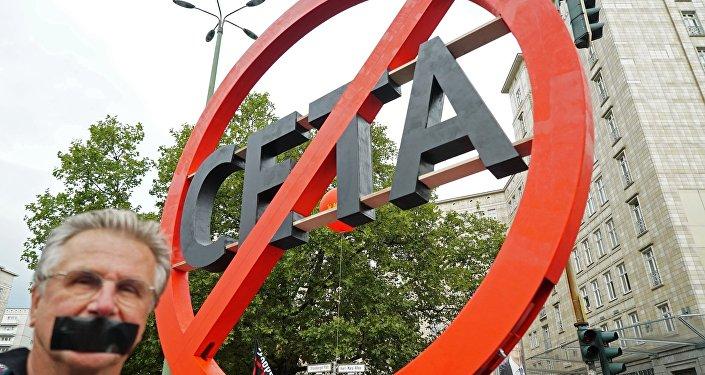 Protestataire contre le CETA