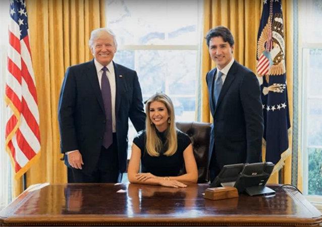 La photo d'Ivanka Trump dans le fauteuil du Bureau ovale