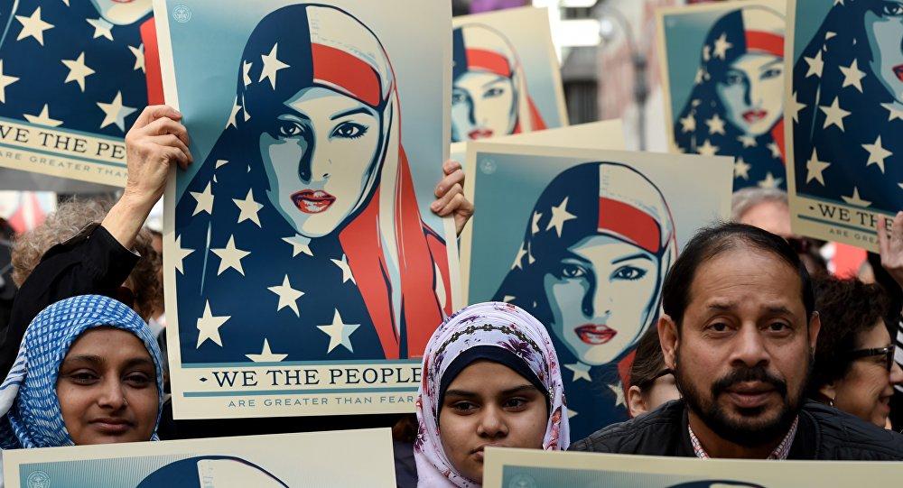New York: manifestation contre l'islamophobie sur Times Square