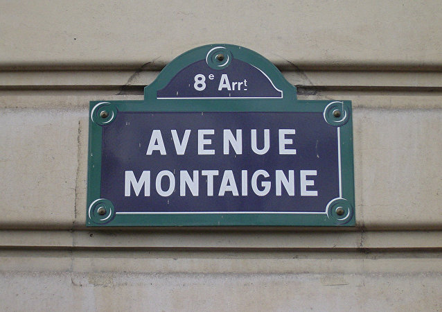 avenue Montaigne à Paris