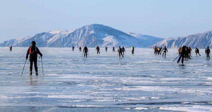 Le handicap n'empêchera pas ces skieurs français de conquérir la Sibérie!