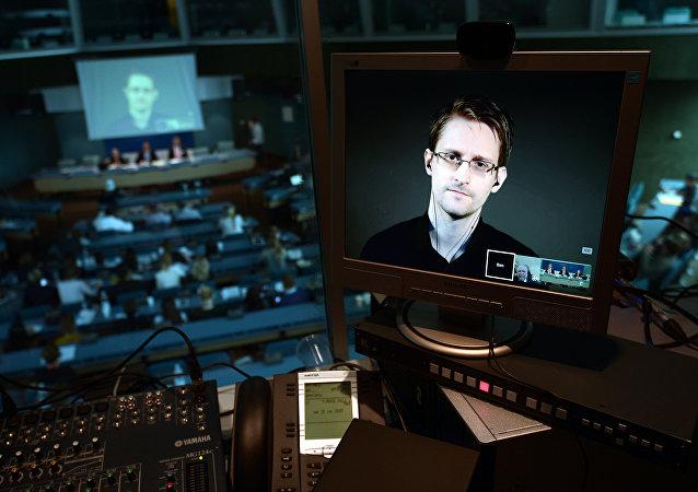 L'ensemble des documents secrets de Snowden bientôt publiés