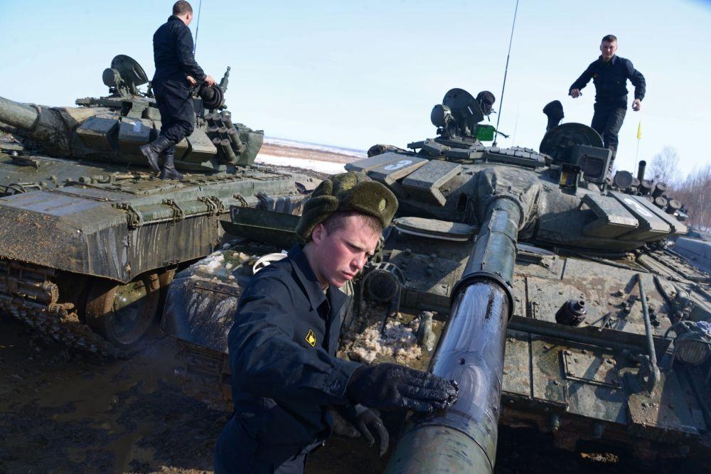 Le biathlon en char d'assaut de la région de Khabarovsk
