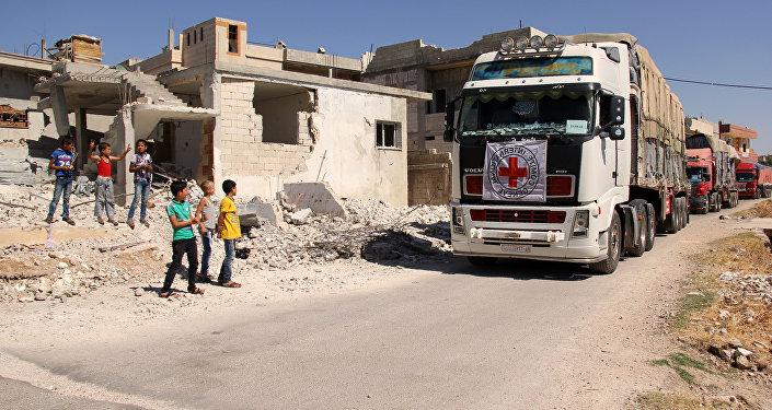 Un convoi humanitaire de la Croix-Rouge en Syrie