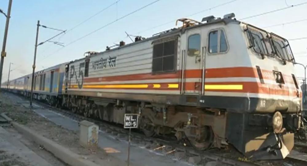 """Résultat de recherche d'images pour """"Sampuran Singh poursuivait Indian Railways"""""""