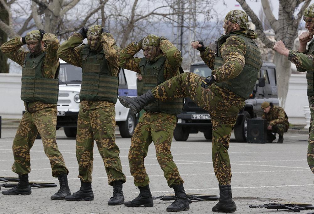 Plongée dans le quotidien des soldats de la Garde russe