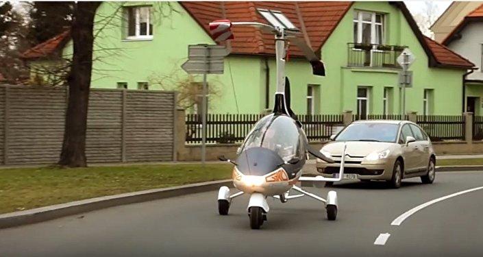Son rêve? Aller boire un café à Prague en voiture volante!