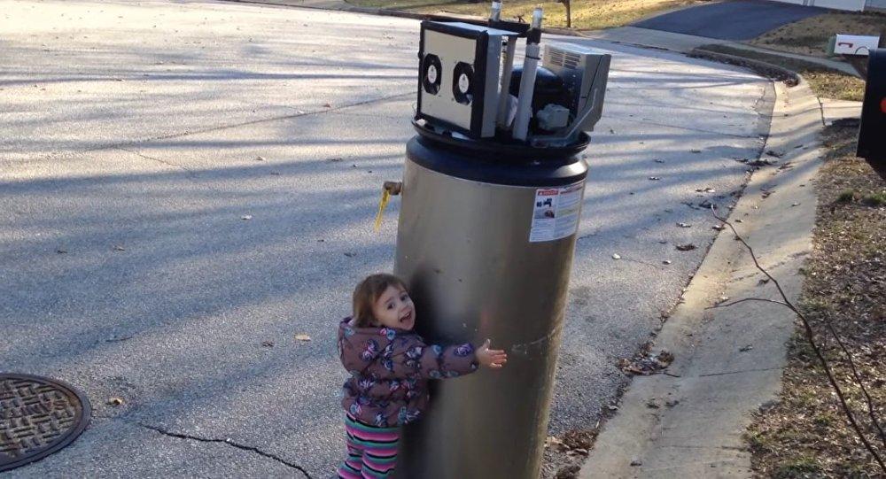 Une petite fille rend le monde plus équilibré par une seule phrase