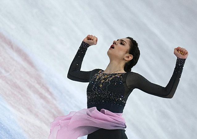 Evgenia Medvedeva performe le programme libre aux Championnats du monde