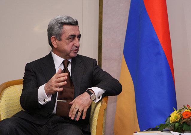 Élections en Arménie: le dispositif électronique refuse de reconnaître… le Président!